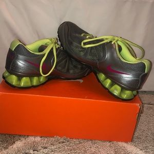 Women's Nike Reax Shoes